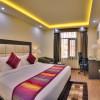 Deluxe-King-Size-Room-Days-Hotel-Jalandhar