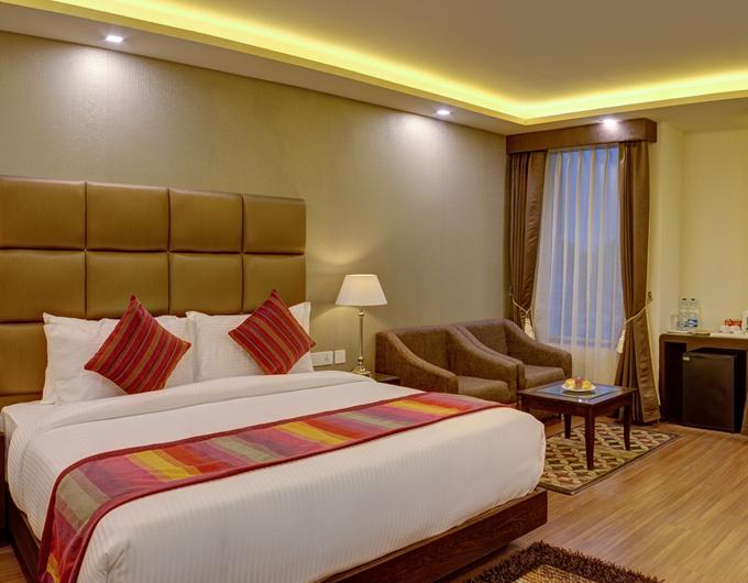 Executive-Room-Ramada-Plaza-Jalandhar