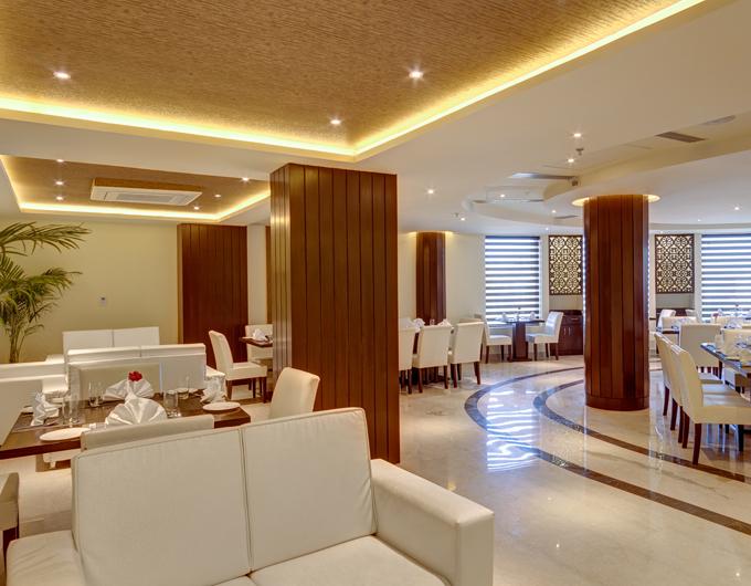 Clouds-Restaurant-Entrance-Days-Hotel-jalandhar